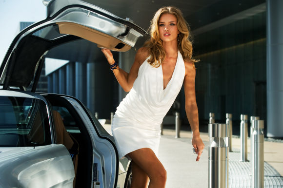 transformers-3-Rosie-Huntington-Whiteley